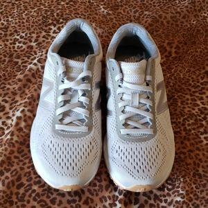 New Balance Fresh Foam Arishi Shoes